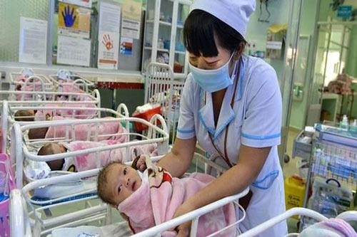 sinh con tại bệnh viện hùng vương